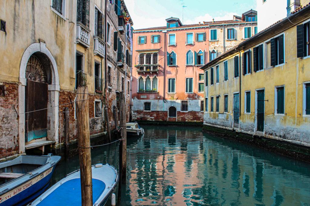 Venise-Canaux-Ruelle