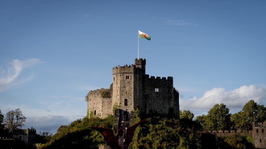 Le chateau de Cardiff en plein soleil